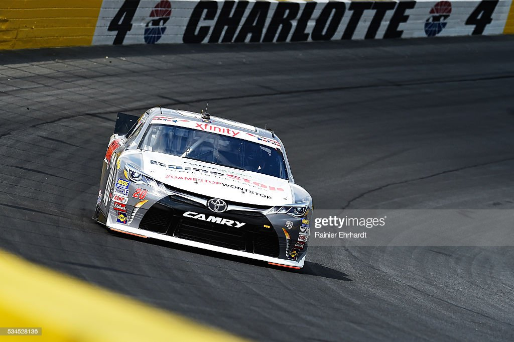 <a gi-track='captionPersonalityLinkClicked' href=/galleries/search?phrase=Erik+Jones+-+Piloto+de+coche+de+carreras&family=editorial&specificpeople=13494574 ng-click='$event.stopPropagation()'>Erik Jones</a>, driver of the #20 GameStop Toyota, practices for the NASCAR XFINITY Series Hisense 4K TV 300 at Charlotte Motor Speedway on May 27, 2016 in Charlotte, North Carolina.