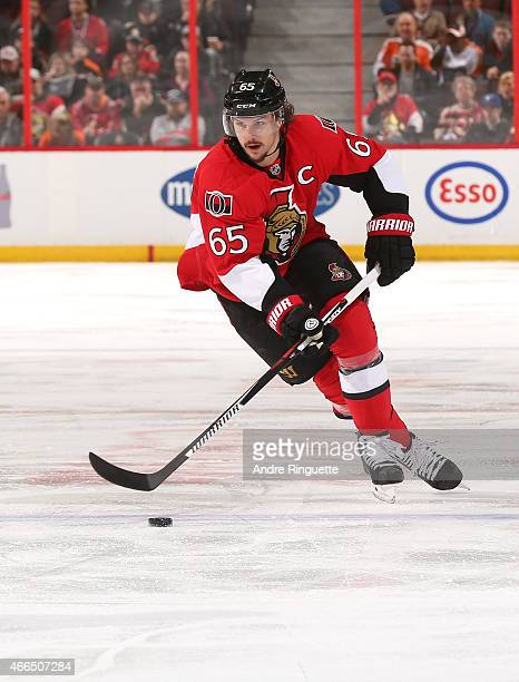 Erik Karlsson of the Ottawa Senators skates against the Philadelphia Flyers at Canadian Tire Centre on March 15 2015 in Ottawa Ontario Canada
