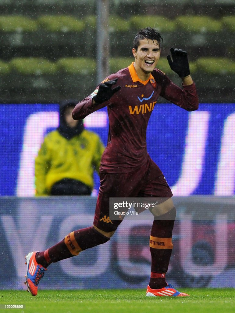 <a gi-track='captionPersonalityLinkClicked' href=/galleries/search?phrase=Erik+Lamela&family=editorial&specificpeople=7198648 ng-click='$event.stopPropagation()'>Erik Lamela</a> of AS Roma celebrates scoring the first goal during the Serie A match between Parma FC and AS Roma at Stadio Ennio Tardini on October 31, 2012 in Parma, Italy.