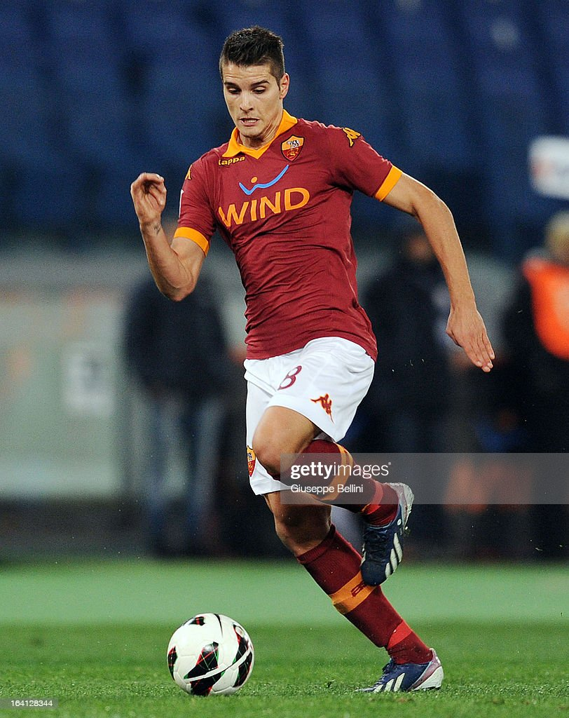 Erik Lamela of Roma in action during the Serie A match between AS Roma and Parma FC at Stadio Olimpico on March 17, 2013 in Rome, Italy.