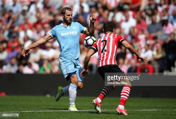 Erik Pieters of Stoke City is faced by Cedric Soares of Southampton during the Premier League match between Southampton and Stoke City at St Mary's...