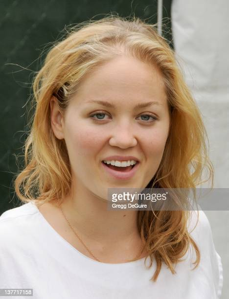 Erika Christensen arrives at the 21st Annual A Time For Heroes Celebrity Picnic sponsored by Disney to benefit The Elizabeth Glaser Pediatric AIDS...