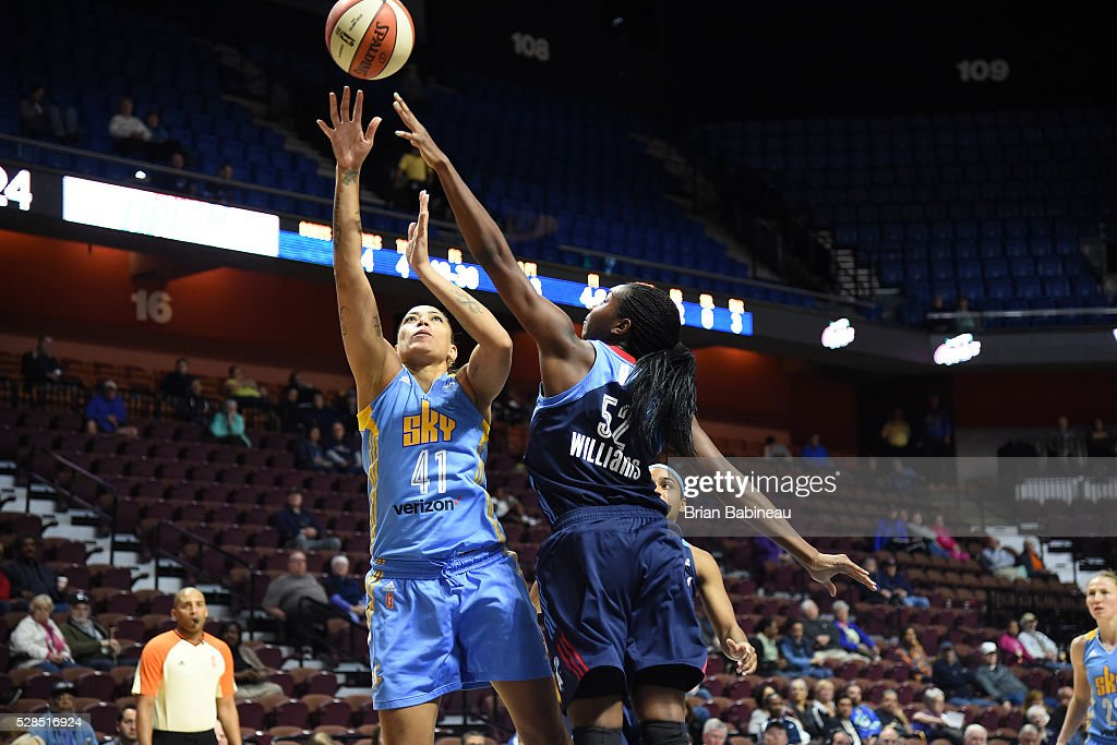 Erika de Souza #41 of the Chicago Sky shoots the ball against the Atlanta Dream in a WNBA preseason game on May 5, 2016 at the Mohegan Sun Arena in Uncasville, Connecticut.