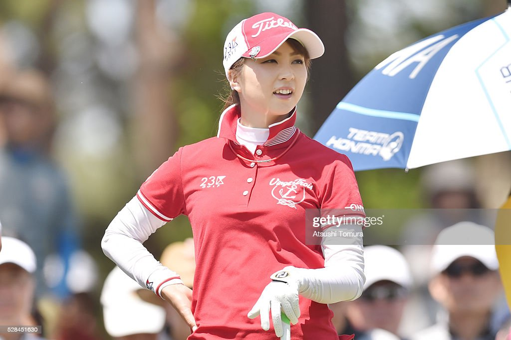 <a gi-track='captionPersonalityLinkClicked' href=/galleries/search?phrase=Erika+Kikuchi+-+Golfer&family=editorial&specificpeople=9496880 ng-click='$event.stopPropagation()'>Erika Kikuchi</a> of Japan hits her tee shot on the 13th hole during the first round of the World Ladies Championship Salonpas Cup at the Ibaraki Golf Club on May 5, 2016 in Tsukubamirai, Japan.