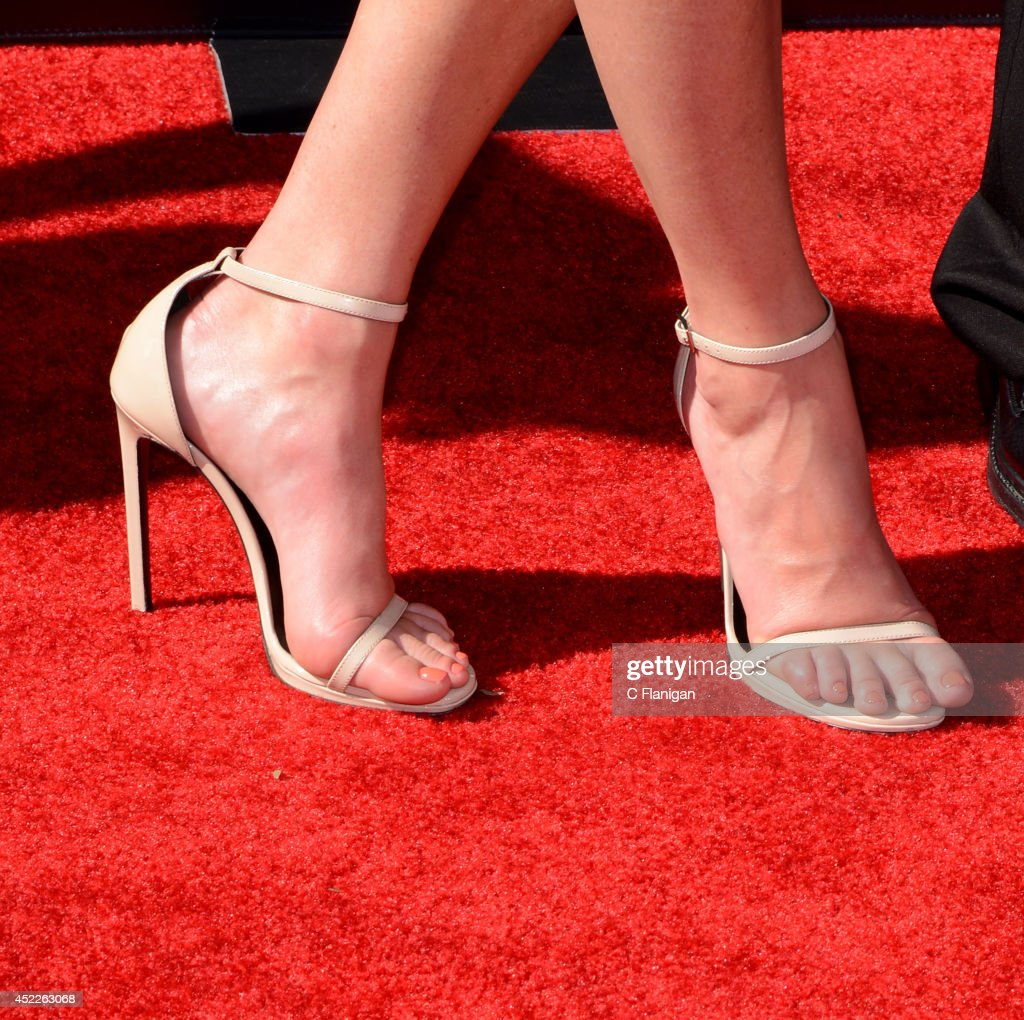 Erin Andrews (Shoe Detail) attends the 2014 ESPY Awards at Nokia Theatre L.A. Live on July 16, 2014 in Los Angeles, California.