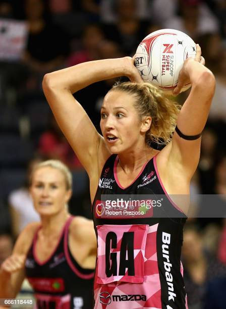 Erin Bell of the Thunderbirds looks to make a pass during the round eight Super Netball match between the Thunderbirds and the Vixens at Priceline...
