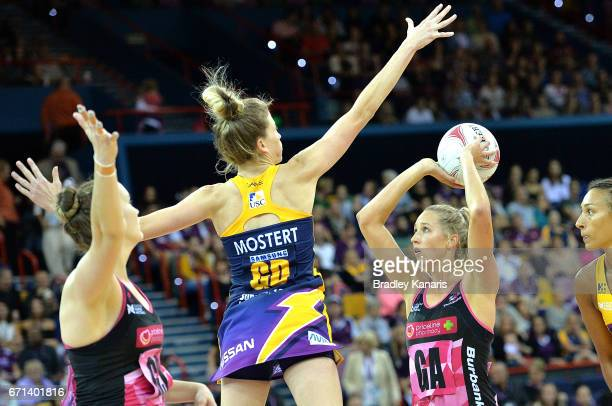 Erin Bell of the Thunderbirds takes a shot at goal during the round nine Super Netball match between the Lightning and the Thunderbirds at Brisbane...