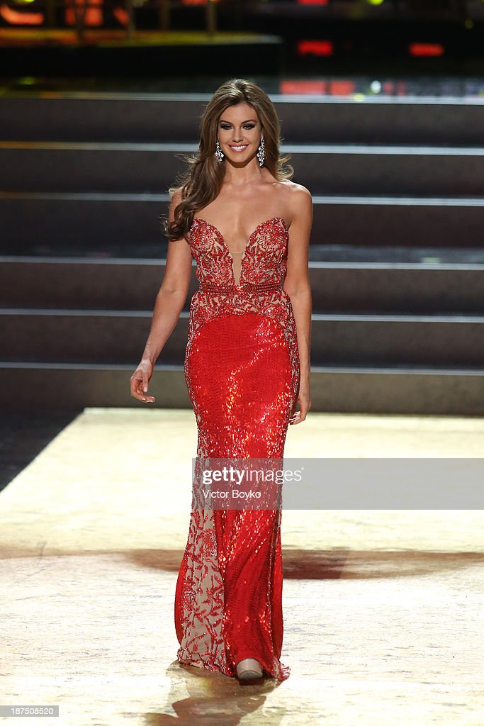Erin Brady of USA walks the stage during the Miss Universe Pageant Competition 2013 on November 9, 2013 in Moscow, Russia.