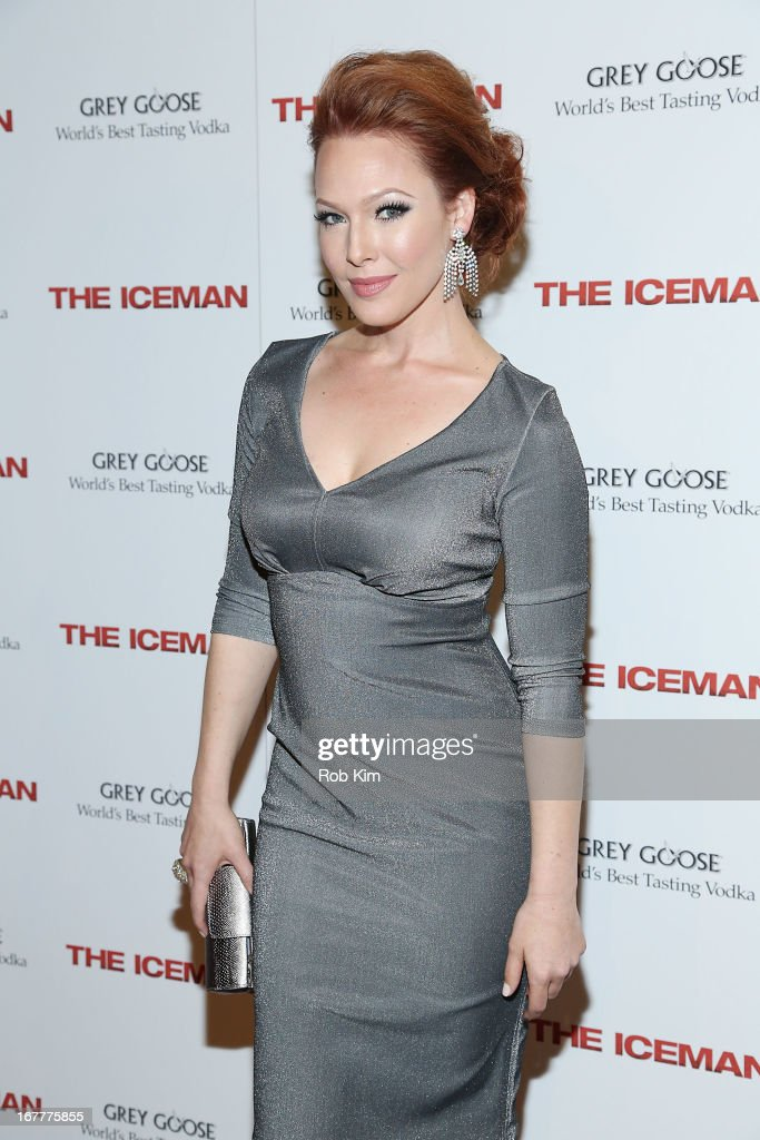 <a gi-track='captionPersonalityLinkClicked' href=/galleries/search?phrase=Erin+Cummings&family=editorial&specificpeople=762710 ng-click='$event.stopPropagation()'>Erin Cummings</a> attends the 'The Iceman' screening presented by Millennium Entertainment and GREY GOOSE at Chelsea Clearview Cinemas on April 29, 2013 in New York City.