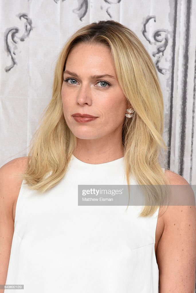 <a gi-track='captionPersonalityLinkClicked' href=/galleries/search?phrase=Erin+Foster&family=editorial&specificpeople=708936 ng-click='$event.stopPropagation()'>Erin Foster</a> attends AOL Build Presents - <a gi-track='captionPersonalityLinkClicked' href=/galleries/search?phrase=Erin+Foster&family=editorial&specificpeople=708936 ng-click='$event.stopPropagation()'>Erin Foster</a> and Sara Foster from VH1's 'Barely Famous' at AOL Studios in New York on June 29, 2016 in New York City.