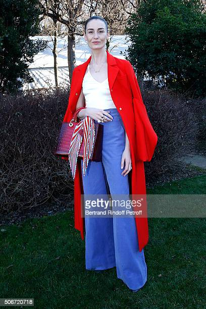 Erin O'Connor attends the Christian Dior Spring Summer 2016 show as part of Paris Fashion Week Held at Musee Rodin on January 25 2016 in Paris France