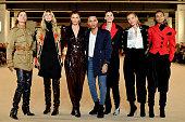 Balmain: Runway - Paris Fashion Week Womenswear...