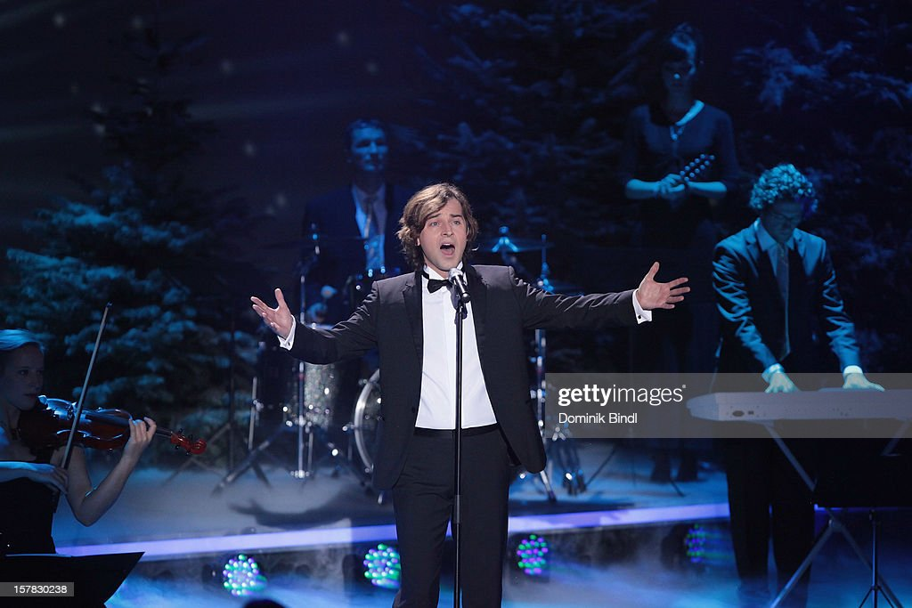 Erkan Aki attends 'Die Schoensten Weihnachtshits Mit Carmen Nebel' Show on December 6, 2012 in Munich, Germany.
