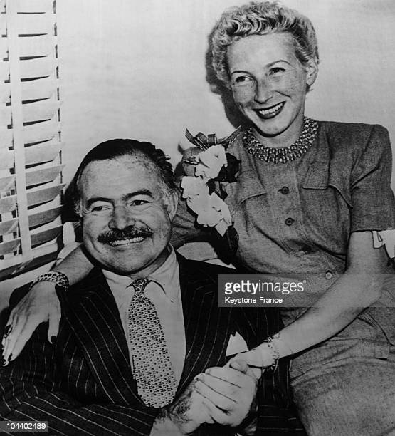 Ernest HEMINGWAY and Mary WELSH journalist during their mariage in 1946 in Havana Ir was his fourth mariage