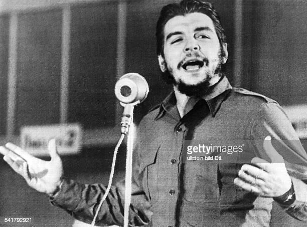 Ernesto Che Guevara *Arzt Politiker Argentinien / Kubabei einer Rede undatiert