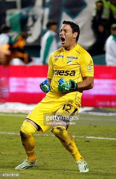 Ernesto Hernandez of Deportivo Cali celebrates after winning a second leg match between Deportivo Cali and Millonarios as part of final round of Liga...