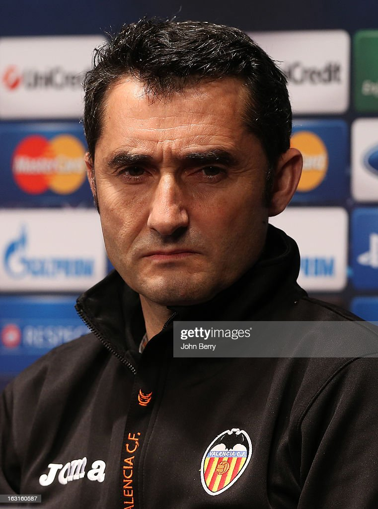 <a gi-track='captionPersonalityLinkClicked' href=/galleries/search?phrase=Ernesto+Valverde&family=editorial&specificpeople=2498803 ng-click='$event.stopPropagation()'>Ernesto Valverde</a>, coach of Valencia CF attends a press conference on the eve of the Champions League match between Paris Saint Germain FC and Valencia CF at the Parc des Princes stadium on March 5, 2013 in Paris, France.
