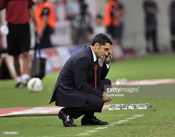 Ernesto Valverde head coach of Olympiacos FC during the Greek Super League match between Olympiacos FC and Xanthi FC at the Karaiskakis Stadium on...