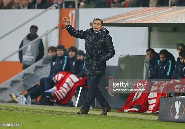Ernesto Valverde manager of Athletic Bilbao signals during the UEFA Europa League Group L match between FC Augsburg and Athletic Club at WWKArena on...