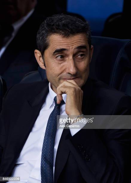 Ernesto Valverde manager of Barcelona looks on prior to the UEFA Champions League Group D match between FC Barcelona and Juventus at Camp Nou on...
