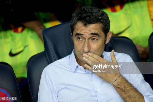 Ernesto Valverde prio the Supercopa match between the FC Barcelona and the Real Madrid in the Camp Nou Stadium in Barcelona Spain on August 13 2017