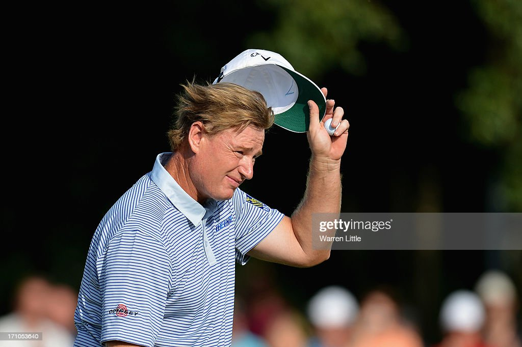 <a gi-track='captionPersonalityLinkClicked' href=/galleries/search?phrase=Ernie+Els&family=editorial&specificpeople=162688 ng-click='$event.stopPropagation()'>Ernie Els</a> of South Africa acknowledges the crowd on the 18th green during the second round of the BMW International Open at Golfclub Munchen Eichenried on June 21, 2013 in Munich, Germany.