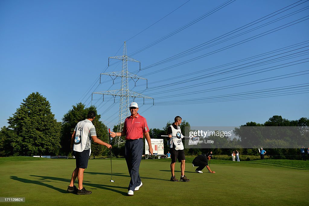 <a gi-track='captionPersonalityLinkClicked' href=/galleries/search?phrase=Ernie+Els&family=editorial&specificpeople=162688 ng-click='$event.stopPropagation()'>Ernie Els</a> of South Africa leaves the 15th green during the third round of the BMW International Open at Golfclub Munchen Eichenried on June 22, 2013 in Munich, Germany.
