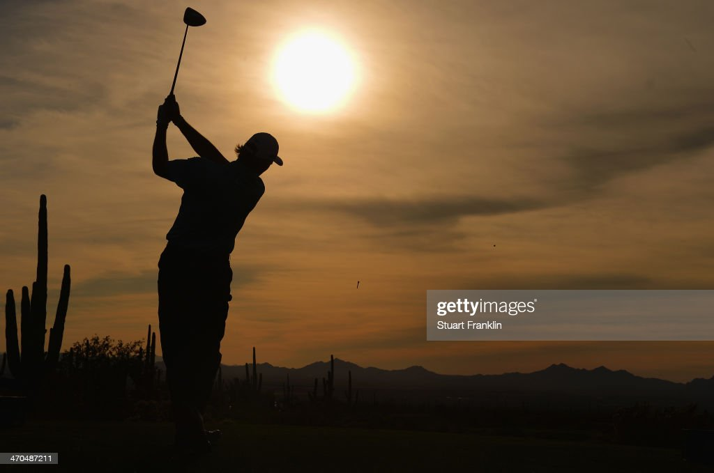 <a gi-track='captionPersonalityLinkClicked' href=/galleries/search?phrase=Ernie+Els&family=editorial&specificpeople=162688 ng-click='$event.stopPropagation()'>Ernie Els</a> of South Africa plays a shot during the first round of the World Golf Championships - Accenture Match Play Championship at The Golf Club at Dove Mountain on February 19, 2014 in Marana, Arizona.