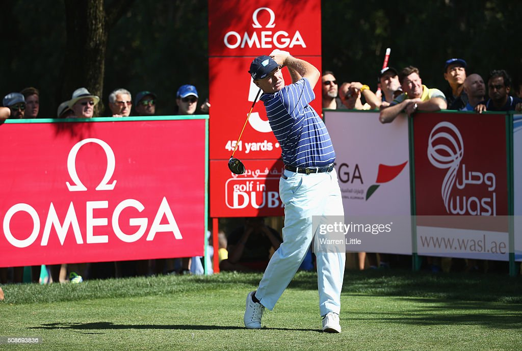 <a gi-track='captionPersonalityLinkClicked' href=/galleries/search?phrase=Ernie+Els&family=editorial&specificpeople=162688 ng-click='$event.stopPropagation()'>Ernie Els</a> of South Africa tees off on the 5th hole during the third round of the Omega Dubai Desert Classic at the Emirates Golf Club on February 6, 2016 in Dubai, United Arab Emirates.