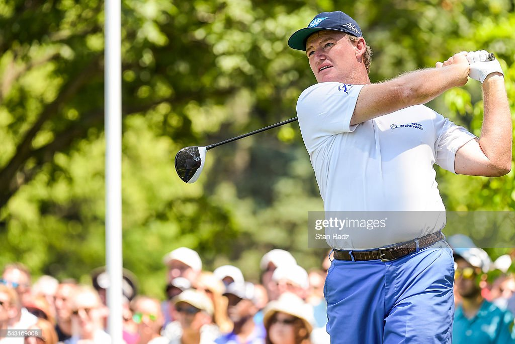 <a gi-track='captionPersonalityLinkClicked' href=/galleries/search?phrase=Ernie+Els&family=editorial&specificpeople=162688 ng-click='$event.stopPropagation()'>Ernie Els</a> of South Africa tees off on the first hole during the final round of the Quicken Loans National at Congressional Country Club (Blue) on June 26, 2016 in Bethesda, Maryland.