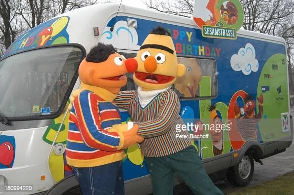 Ernie und Bert 30 Geburtstag der Sesamstrasse 'Tresor TV' München Reisemobil