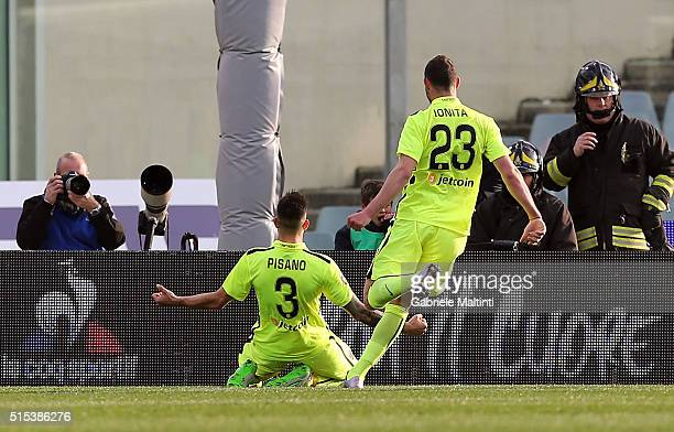 Eros Pisano of Hellas Verona FC celebrates after scoring a goal during the Serie A match between ACF Fiorentina and Hellas Verona FC at Stadio...