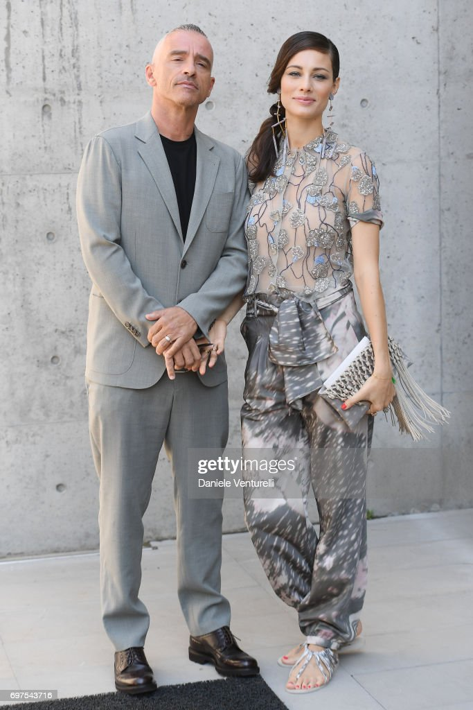 Eros Ramazzotti and Marica Pellegrinelli attend the Giorgio Armani show during Milan Men's Fashion Week Spring/Summer 2018 on June 19, 2017 in Milan, Italy.