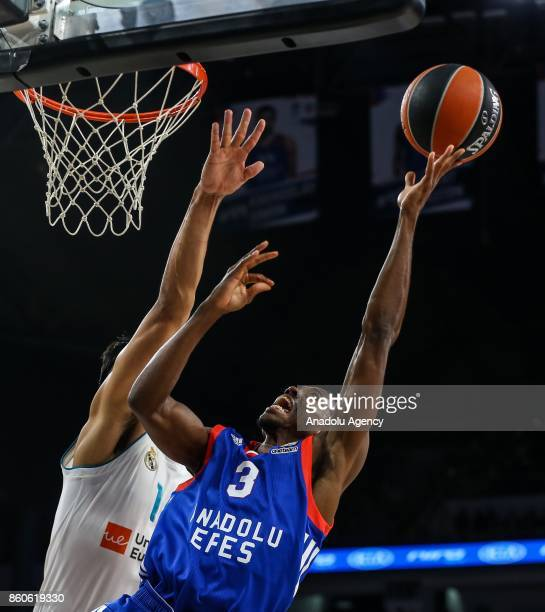 Errick Mccollum of Anadolu Efes in action during the Turkish Airlines Euroleague basketball match between Anadolu Efes and Real Madrid at Sinan Erdem...