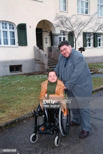 Erwin Aljukic Rollstuhl Christian Weigl Augsburg Volksschule Leibheim Schauspieler