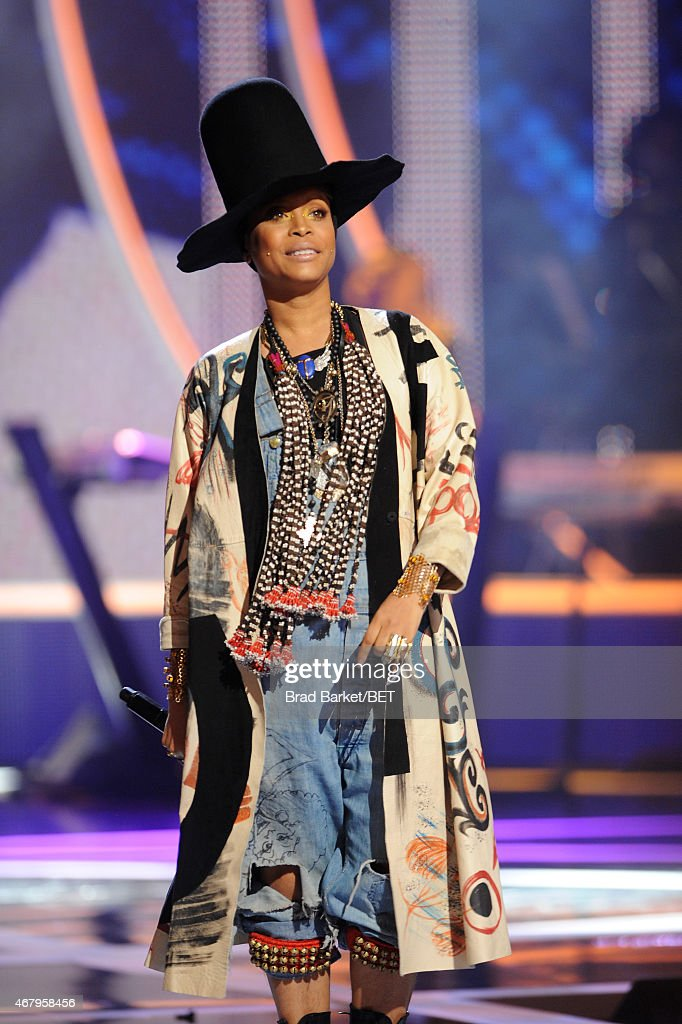 Erykah Badu performs on 'Black Girls Rock' BET Special at NJPAC – Prudential Hall on March 28 2015 in Newark New Jersey