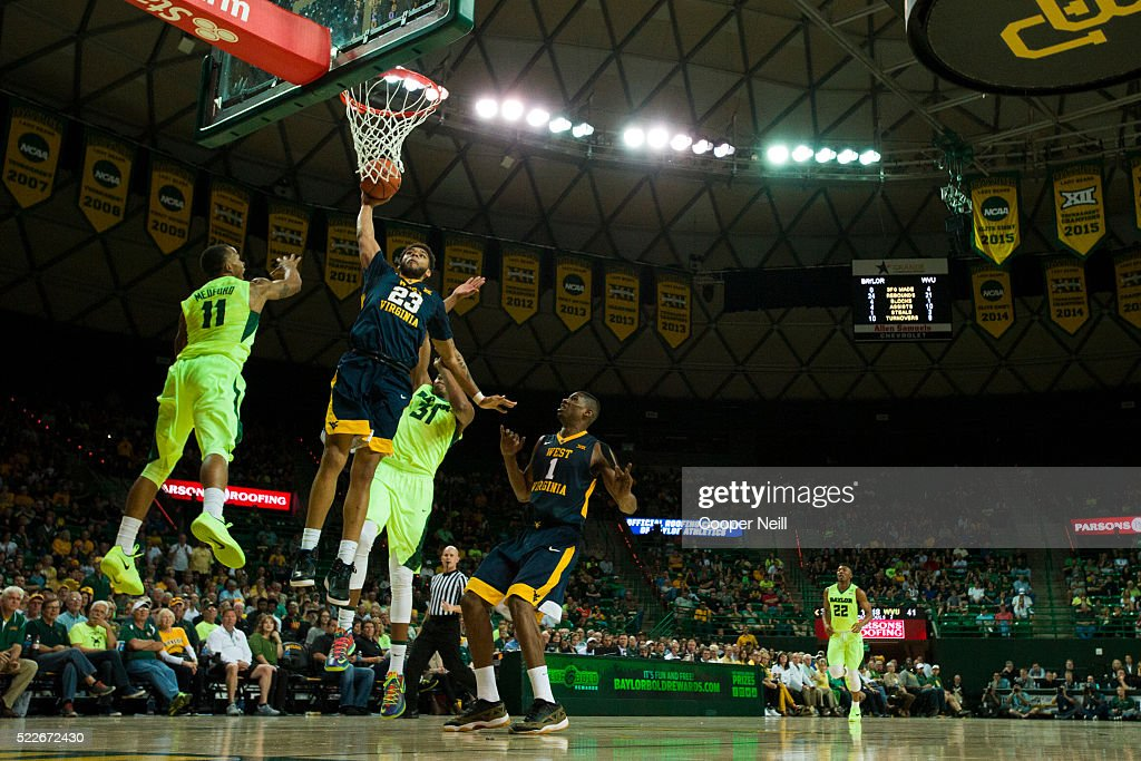 Esa Ahmad of the West Virginia Mountaineers drives to the basket against the Baylor Bears on March 5 2016 at the Ferrell Center in Waco Texas