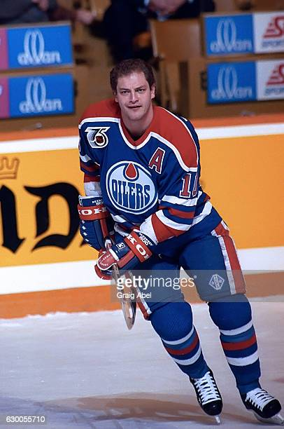 ... Edmonton Oilers v Toronto Maple Leafs · Esa Tikkanen . bb8aa742e