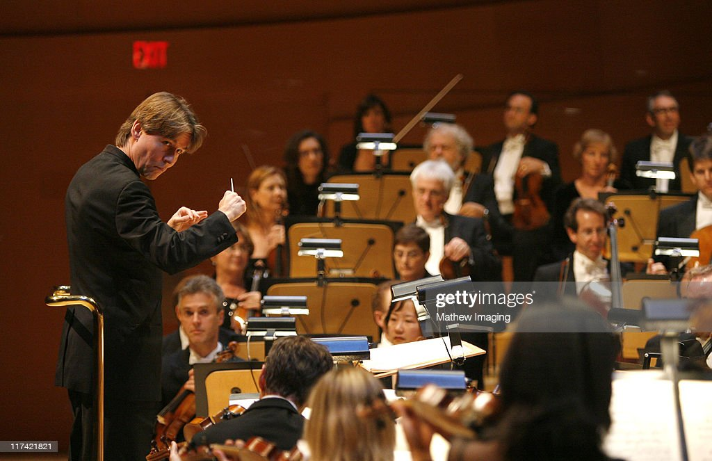 <a gi-track='captionPersonalityLinkClicked' href=/galleries/search?phrase=Esa-Pekka+Salonen&family=editorial&specificpeople=3141979 ng-click='$event.stopPropagation()'>Esa-Pekka Salonen</a>, conductor with The Los Angeles Philharmonic