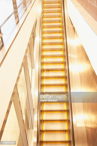 Raide photos et images de collection getty images - Batiment moderne ...