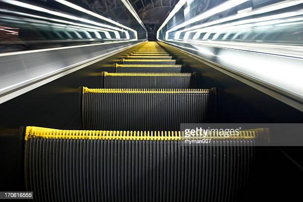 エスカレーターアップ天国への階段