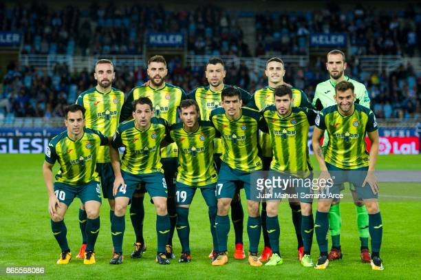 Espanyol players line up for a team photo prior to the start of the La Liga match between Real Sociedad de Futbol and RCD Espanyol at Estadio Anoeta...