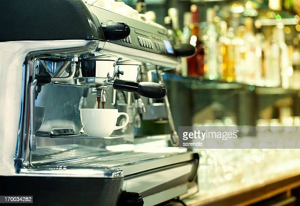 CAFETERA PARA CAFÉ EXPRESSO