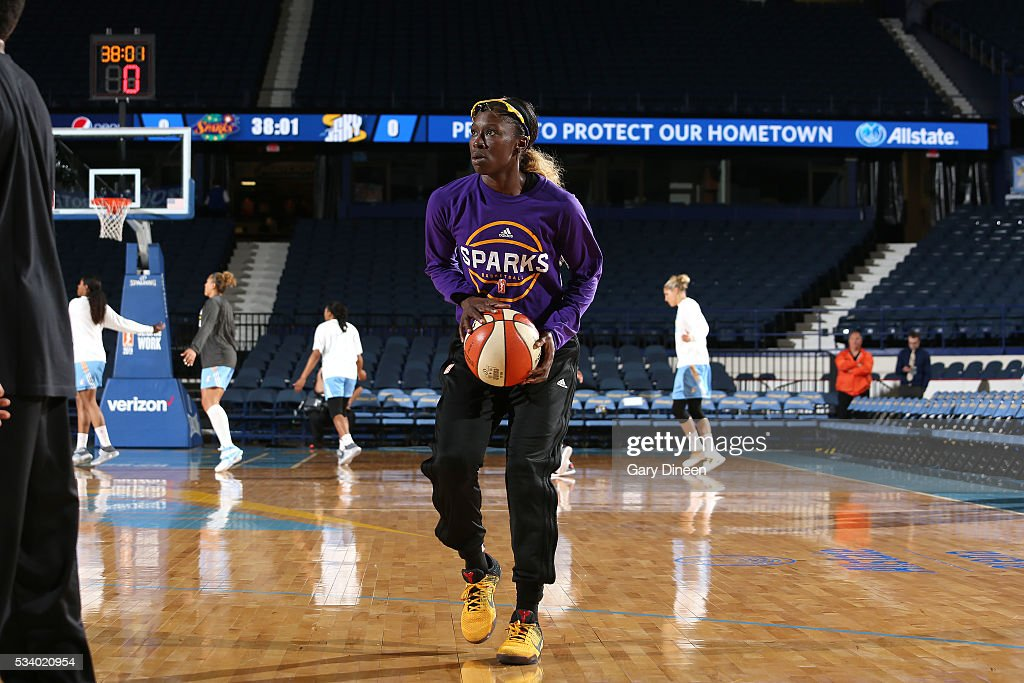 <a gi-track='captionPersonalityLinkClicked' href=/galleries/search?phrase=Essence+Carson&family=editorial&specificpeople=2351517 ng-click='$event.stopPropagation()'>Essence Carson</a> #17 of the Los Angeles Sparks warms up before the game against the Chicago Sky on May 24, 2016 at the Allstate Arena in Chicago, Illinois.
