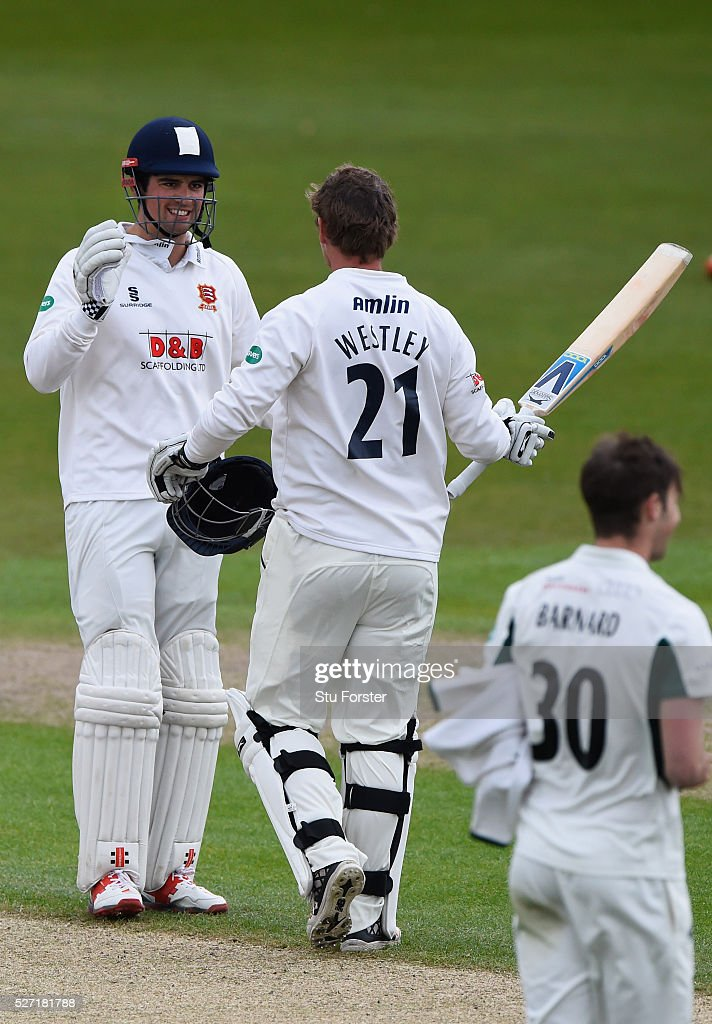 Esses batsman Tom Westley is congratulated by <a gi-track='captionPersonalityLinkClicked' href=/galleries/search?phrase=Alastair+Cook+-+Jugadora+de+cr%C3%ADquet&family=editorial&specificpeople=571475 ng-click='$event.stopPropagation()'>Alastair Cook</a> after reaching his century on day two of the Specsavers County Championship Division Two match between Worcestershire and Essex at New Road on May 2, 2016 in Worcester, England.