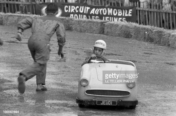 Esso Holds A Race Of Small Race Cars For Children Pictures Getty