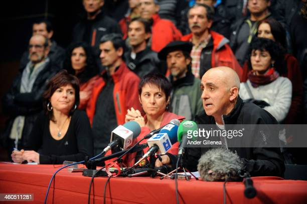 Estanis Etxaburu Arantxa Garballo and Ines Lopez give a press conference in the name of the recently released 63 ETA prisoners to value the statement...