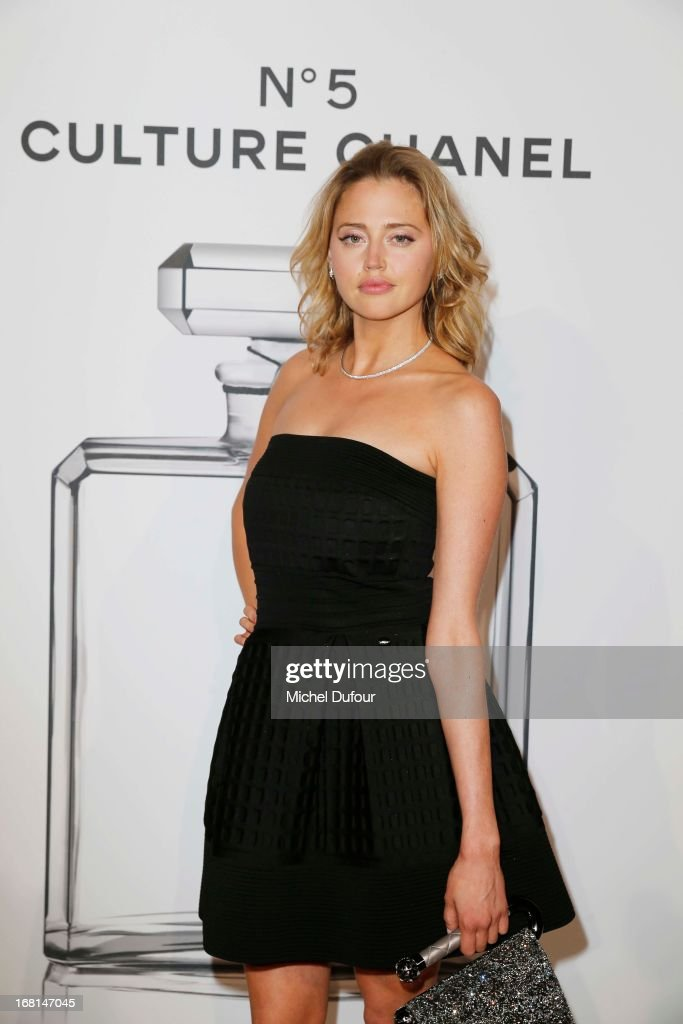 <a gi-track='captionPersonalityLinkClicked' href=/galleries/search?phrase=Estella+Warren&family=editorial&specificpeople=214695 ng-click='$event.stopPropagation()'>Estella Warren</a> attends the 'No5 Culture Chanel' Exhibition - Photocall at Palais De Tokyo on May 3, 2013 in Paris, France.