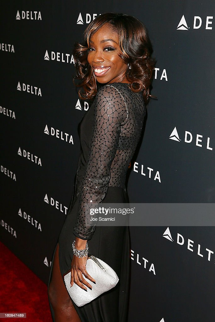 Estelle arrives at Delta Air Lines' GRAMMY Celebration At Getty House on February 7, 2013 in Los Angeles, California.