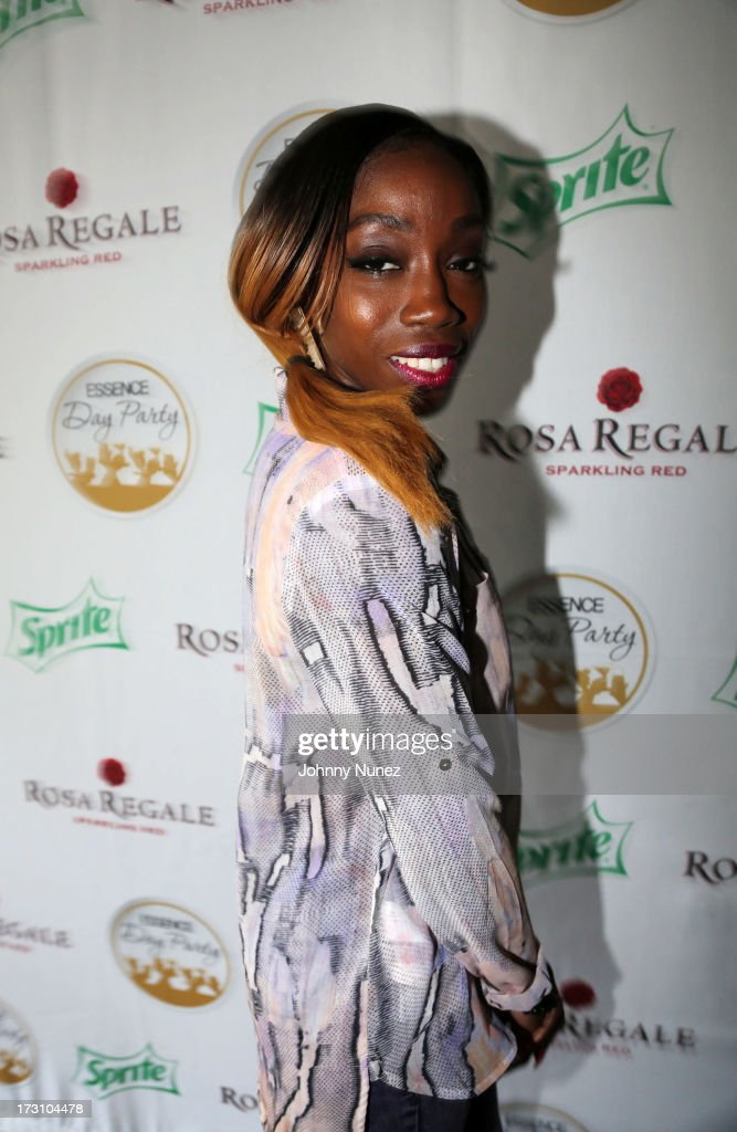 <a gi-track='captionPersonalityLinkClicked' href=/galleries/search?phrase=Estelle&family=editorial&specificpeople=206205 ng-click='$event.stopPropagation()'>Estelle</a> attends the Essence Day party at the W New Orleans on July 6, 2013 in New Orleans, Louisiana.